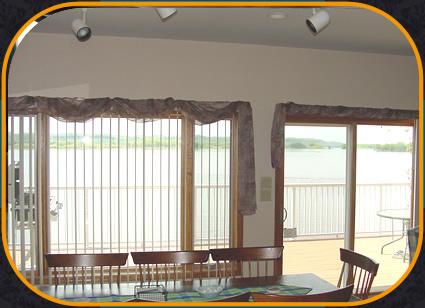 River Lodge Dining Area